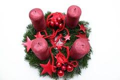 Aufkommen Wreath mit vier Kerzen Stockbilder