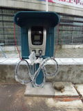 Aufladungsanlagen des Elektro-Mobils Stockbilder