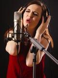 Aufnahme-Gesang im Studio Stockbilder