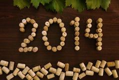 Aufschrift 2014 breitete die Weinkorken aus Stockfoto