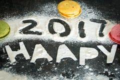 Aufschrift 2017 des neuen Jahres des Mehls auf dem Tisch Lizenzfreies Stockfoto