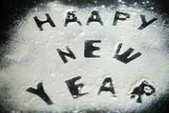 Aufschrift 2017 des neuen Jahres des Mehls auf dem Tisch Stockbilder