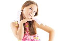 Aufstellung des kleinen Mädchens Lizenzfreie Stockfotos