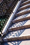 Aufwändige Treppe oder Schritte in Venedig Lizenzfreies Stockbild