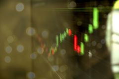 Aufwärts oder Abwärtstrend des Börsenkurses oder der Investition und der Finanzkonzepte lizenzfreies stockbild