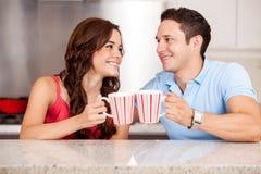 Aufwachen mit Kaffee lizenzfreies stockfoto