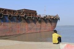 Aufwartung zum Segel Lizenzfreies Stockbild