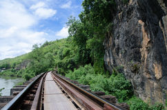 Aufwecken der Spur an der Todeseisenbahn, Krasae-Höhlen-Station, Kanchanaburi, Thailand Stockfotos