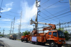 Aufzüge werden benutzt, um den Strom, Thailand zu regeln Stockbilder