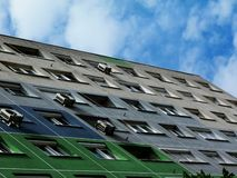 Aufzugdetail des wieder-Isoliergrünen abstrakten Gebäudes stockbilder