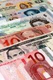 Augen auf dem Geld Stockbild