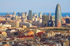 Augenansicht des Vogels des Agbar Kontrollturms in Barcelona Lizenzfreies Stockfoto