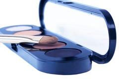 Augenschatten mit Pinsel Lizenzfreie Stockfotografie