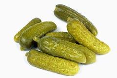 Augurk ingelegde komkommers stock foto's