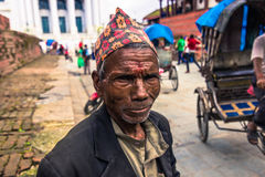 19. August 2014 - alter Mann in Kathmandu, Nepal Stockfotografie
