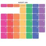 August 2018 Anmerkungsraum-Farbwochentage des Planers große auf Weiß Stockfoto