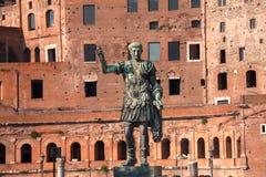 August Caesar Bronze Statue in Rome stock foto's