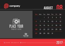 August Desk Calendar Design 2017 start söndag Royaltyfri Illustrationer