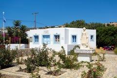 23. August 2017 - Lipsi-Insel, Griechenland - der Kindergarten von Lipsi-Insel, Dodecanese, Griechenland Stockfotos