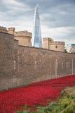 August 2014 - London, Vereinigtes Königreich: Keramischer Knall fast 900.000 Lizenzfreies Stockbild