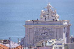 Augusta-Straßenbogen in Lissabon rief ACRO DA Rua Augusta an Lizenzfreie Stockfotos