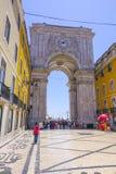 Augusta-Straßenbogen in Lissabon rief ACRO DA Rua Augusta an Stockbild