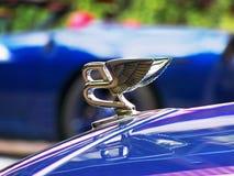Augusti 20, 2018 Kiev Ukraina Närbild av Bentley Emblem arkivbild
