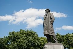 Augusti 2017, Moskva, Ryssland En staty av Lenin Royaltyfria Foton