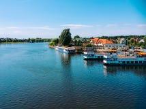 Augustow kanal och fartyg Royaltyfri Fotografi