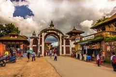 18 augustus, 2014 - Ingang aan Bhaktapur, Nepal Stock Afbeeldingen