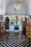 23 augustus 2017 - Lipsi-eiland, Griekenland - het binnenland van een kleine orthodoxe kerk in Lipsi-eiland, Dodecanese, Griekenl Royalty-vrije Stock Foto