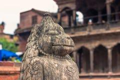 18 augustus, 2014 - Standbeeld van aap in Patan, Nepal Royalty-vrije Stock Fotografie