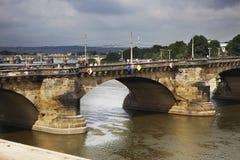 Augustusbrucke bro i Dresden germany Royaltyfri Fotografi