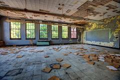 Aula abbandonata Immagini Stock