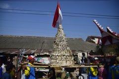Aumône de mer en tant qu'étant pêcheurs Tambaklorok Semarang de gratitude photo stock
