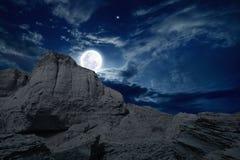 Aumenti della luna piena Fotografie Stock Libere da Diritti