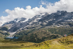 Aumento in alpi svizzere - Reuti, Hasliberg di estate Immagini Stock