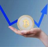 Aumento de preços de Bitcoin Foto de Stock