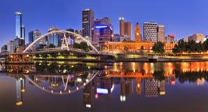 Aumento del fiume di Melbourne CBD Fotografie Stock