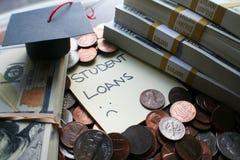 Aumento del préstamo de la deuda del estudiante de alta calidad foto de archivo