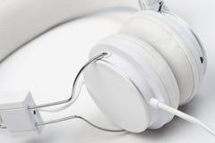 Auriculares blancos. fotografía de archivo