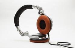 Auriculares de DJ aislados en blanco Imagen de archivo