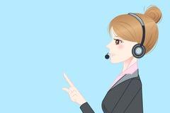 Auriculares do telefone do desgaste de mulher do negócio Fotografia de Stock