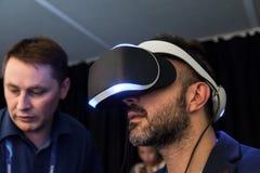 Auriculares Morpheus de Sony VR de debajo Imagen de archivo libre de regalías