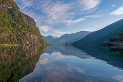 Aurland-Fjord bei Norwegen Stockbild