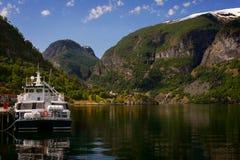 Aurland in Sognefjord in Noorwegen Royalty-vrije Stock Foto's