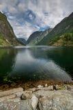 Aurlandsfjord en Gudvangen en Noruega Foto de archivo
