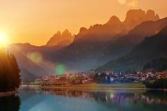 Auronzo Di Cadore Sunset Fotos de archivo libres de regalías