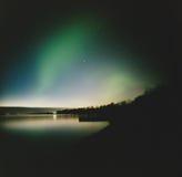 Aurora über der Bucht Lizenzfreies Stockfoto