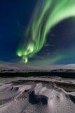 Aurora boreal en la orilla del Océano ártico Fotografía de archivo libre de regalías